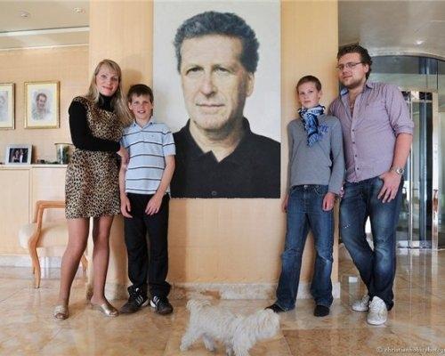 официальная биография русской миллардерши