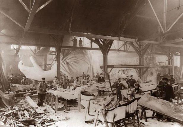 #17 Работа над Статуей Свободы в Париже, 1884 год