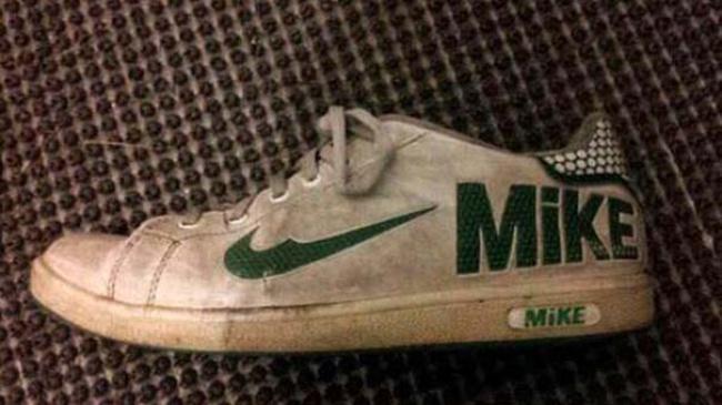 Может, Майк — это имя дизайнера?