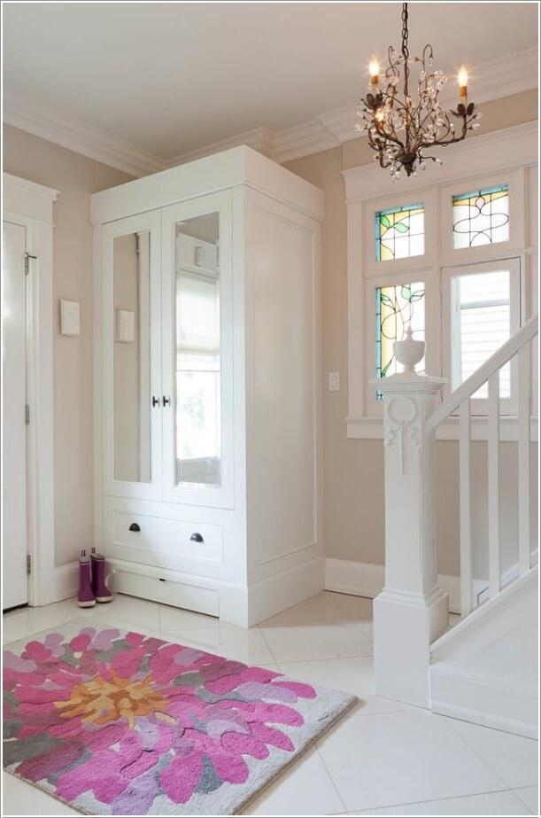 7. Установите шкаф для хранения обуви, пальто и головных уборов.