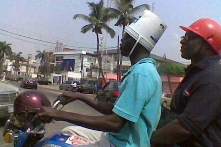 Шлема нет, есть ведро