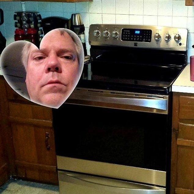 «Батя отправил фото новой плиты, не выключив какую-то из функций камеры»