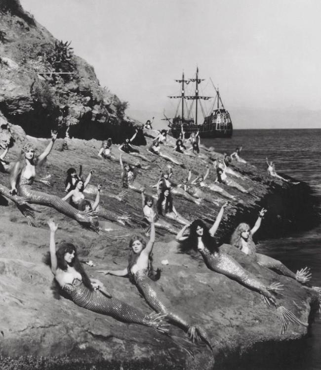 Русалки во время ранней экранизации Питера Пэна, 1924.