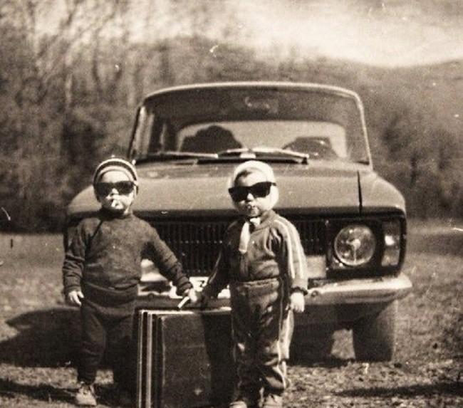 Двое детей перешли в криминал.