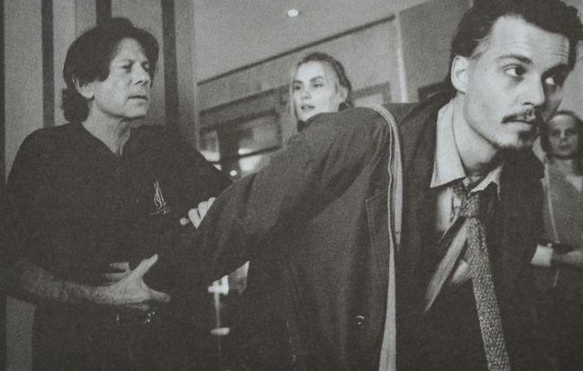 Роман Полански и Джонни Депп на съемках «Девятые врата», 1998.