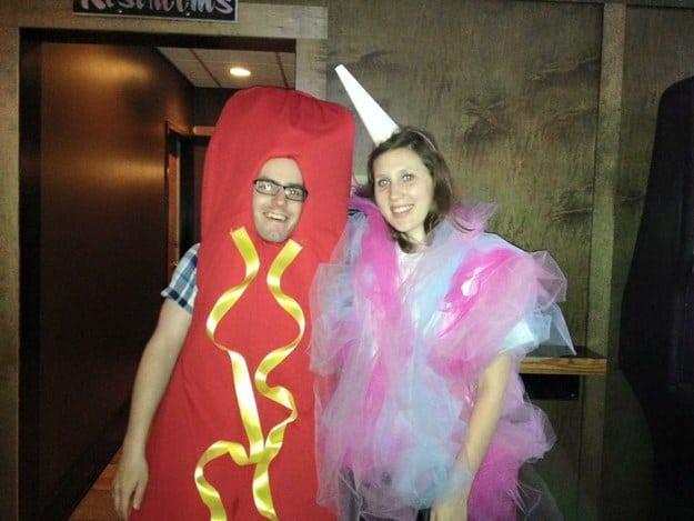 По идее, мы должны были быть хот-догом и сладкой ватой, но весь вечер меня называли единорогом
