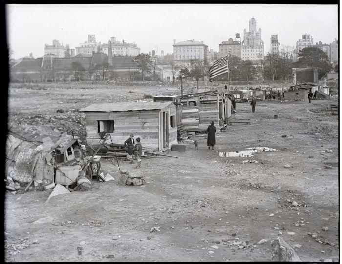 Гувервилль в Центральном парке Нью-Йорка во времена Великой депрессии.