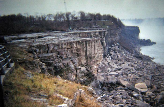 На Ниагарском водопаде «выключили» воду в 1969 году для исследований, связанных с эрозией почвы.