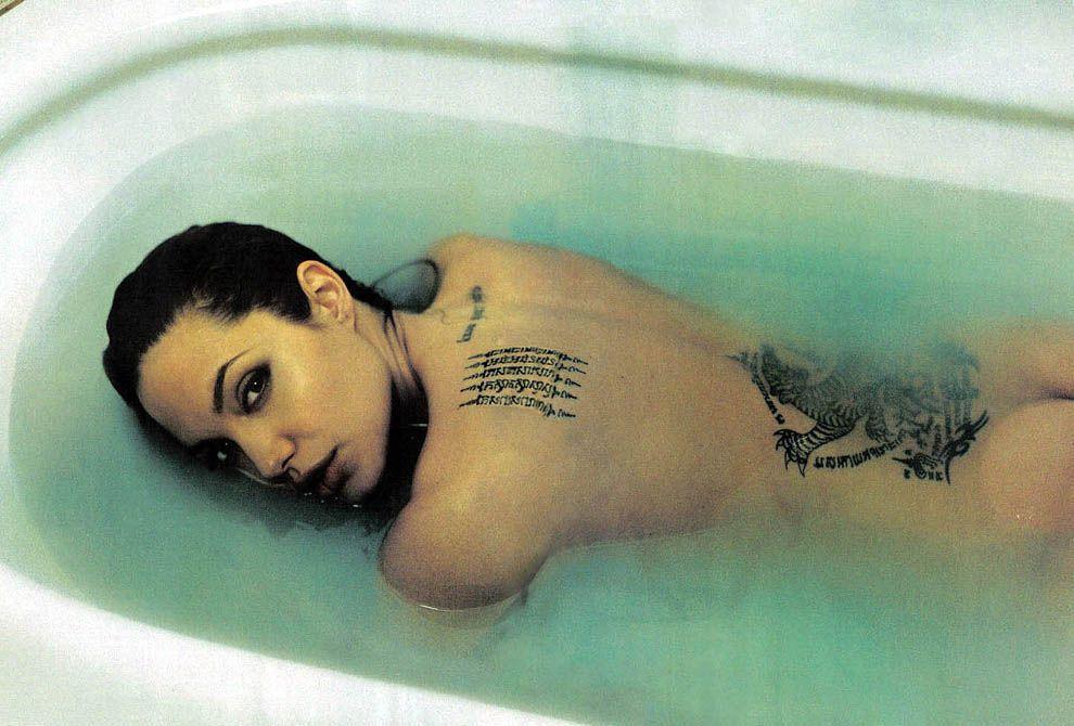 14. Анджелина Джоли.