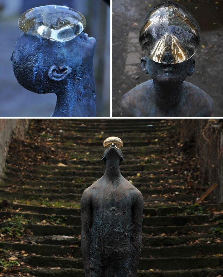 """Скульптура """"Дождь"""" от украинского художника Назара Билюка. Она расположена в Киеве."""