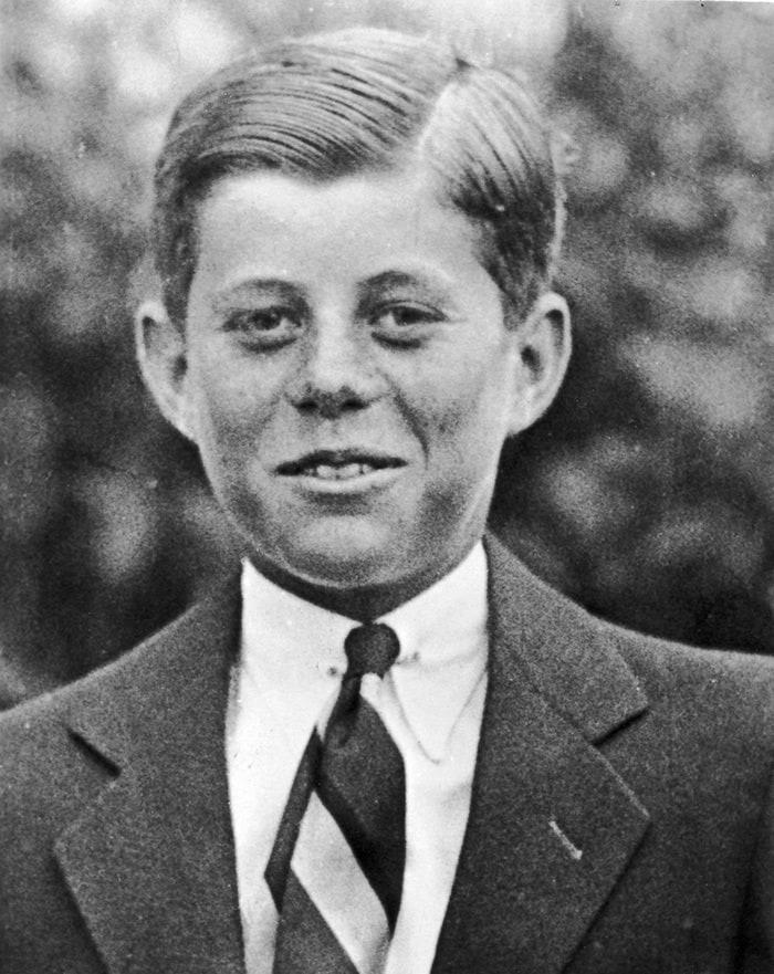 6. Джон Ф. Кеннеди в возрасте 10 лет