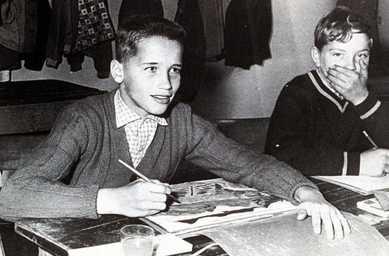 11. Арнольд Шварценеггер в детстве