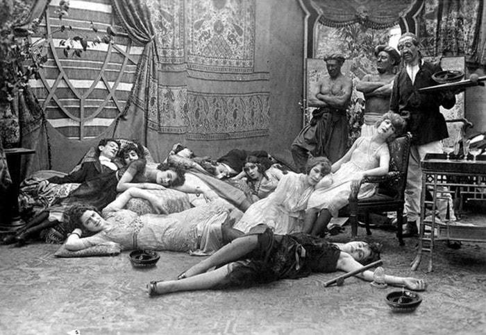 12. Опиумная вечеринка, 1918 год