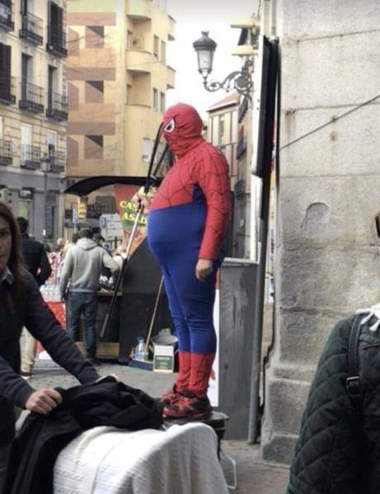 Человек жирный паук