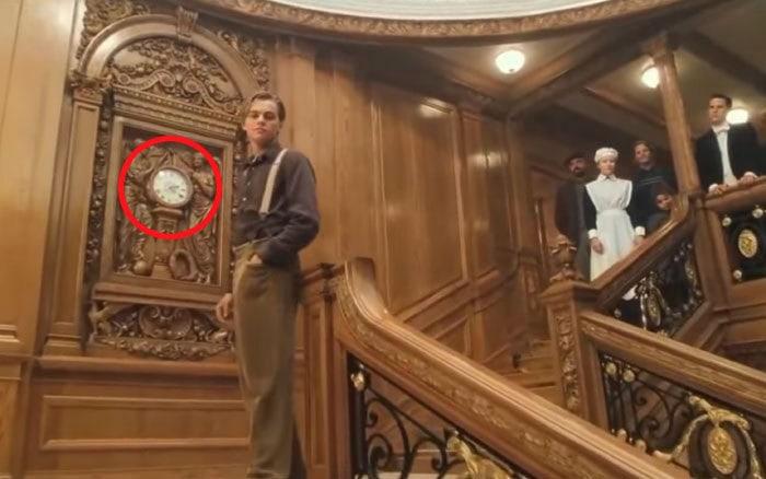 10. Под конец фильма «Титаник» часы показывают 2:20 ночи. Настоящий Титаник утонул именно в 2:20