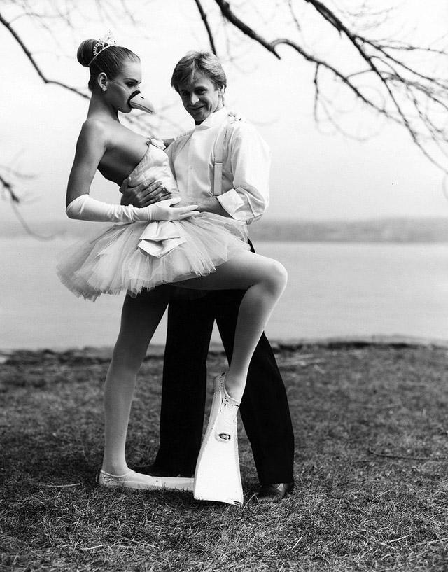 8. Михаил Барышников и 17-летняя Ума Турман, 1987 год. Фотограф — Артур Элгорт.