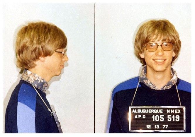 Билл Гейтс - 1982 г. (управление автомобилем без прав)
