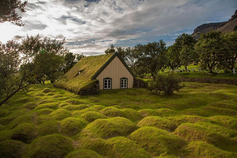 Маленький домик в Исландии.