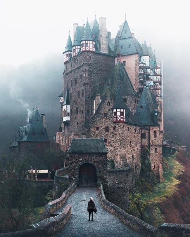 Германия, замок Эльц